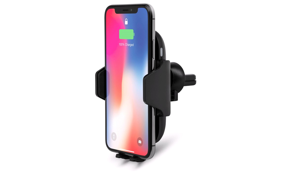 Wireless charger/holder automatic sensor